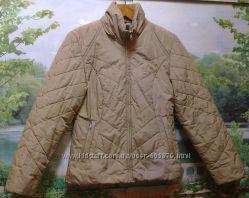 Стильная приталенная курточка. Цена снижена