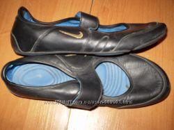 кожаные фирменные балетки ф. Nike - оригинал Таиланд размер 39 - 25 см