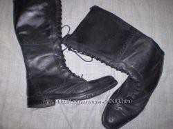 кожаные  сапожки  ф    . Janet  D    размер  39   -  25. 5 см
