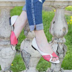 Стильная модная дизайнерская обувь