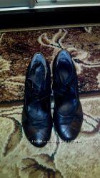 Кожанные туфли р 40, стелька 27 см