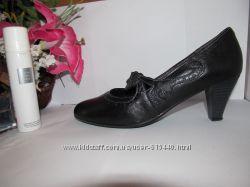 Оригинал. Simоnа кожанные туфли 40 размер
