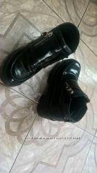 Отличные кожаные ботинки тракторы 36 размер и другая обувь