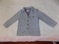 Стильный пиджак на мальчика 5-6 лет