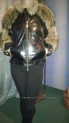 Новая натуральная курточка с мехом енота р. 40. Или р. М. .