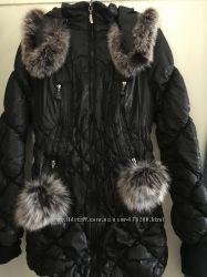 Удлиненная курточка с красивым мехом Зима