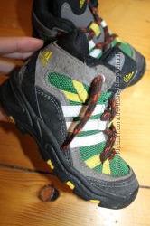24 разм. Ботинки Adidas. Замша