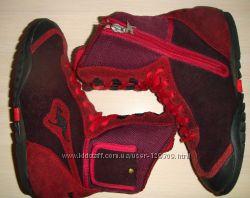 Ботинки Kangaroos, натур. замша, 33разм, 21см стель