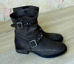 Классные кожаные деми ботинки Primadonna, Италия, 38 р.