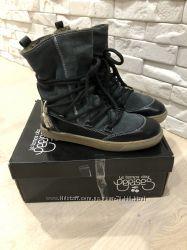Новые зимние ботинки les temps des Cerises р. 37