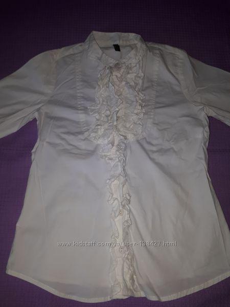 Нарядная блузка Benetton для девочки 6-7 лет