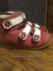 Ортопедичні туфельки Оrthobe для дівчинки 27 розмір