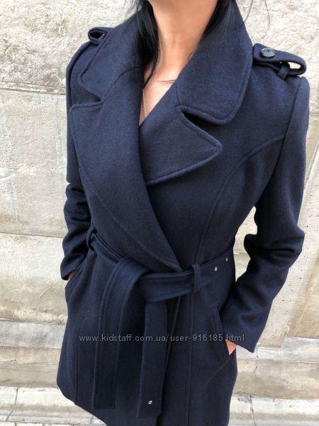 Продаю тёмно синие пальто