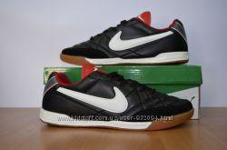 Мужские футзалы Nike
