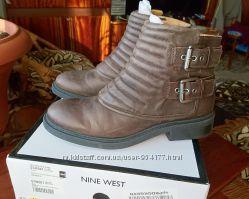 Классные ботинки Nine West