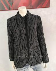 Armani Collezioni  демисезонный пуховик , жакет, куртка   46-48