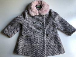 Милое пальто для девочки Next