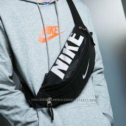 443ab5ef643b Бананки Nike и сумки через плечо, 320 грн. Мужские сумки, рюкзаки ...