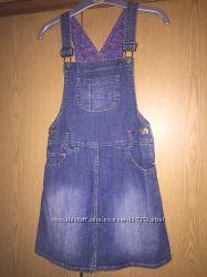 Продам джинсовый сарафан Mothercare на 122 рост, на 6-7 лет