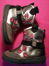 Кожаные ботинки размер 22, стелька 14 см.