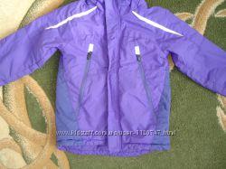 Стильная термо курточка в хорошем состоянии.