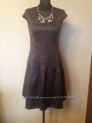 Классическое платье Ostin
