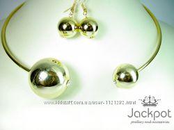 Набір прикрас в стилі Шанель Золоте кольє та сережки