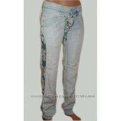 Голубые джинсы - брюки из хлопка голубые с цветными всавками по бокам Лето