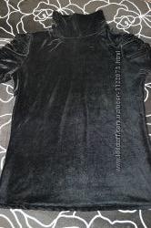 Велюровая шикарная футболочка под горло с короткими рукавами