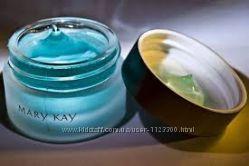 Успокаивающий увлажняющий  гель для кожи вокруг глаз  от Мери Кей