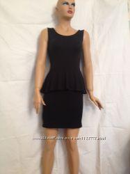 Платье черное трикотажное с баской,  Pimkie,