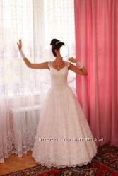 Свадебное платье р. 40-46 в подарок подьюбник