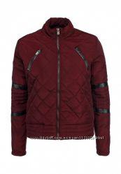 Ультрамодная демисезонная курточка цвета марсала с кожаными вставками