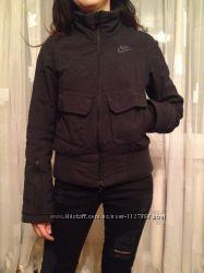 Фирменная термо куртка Nike XS оригинал