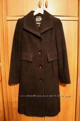 женское пальто осеннее новое 42р