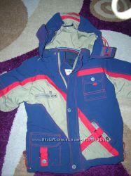 Курточка демисезонная для мальчика Wewins р. 122сост. отличное