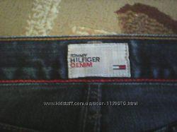 Модные фирменные джинсы