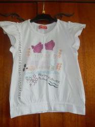 Продаю футболку на девочку белую с рисунком