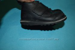 Kickers Кожаные ботиночки, размер26, стелька16см