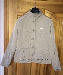 Куртка демисезонная женская Reebok в отл. сост. , размер М