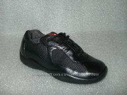 Фирменные кожаные туфли кроссовки Prada, Италия