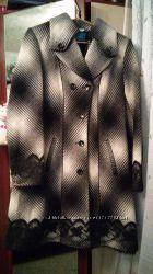 Красивое элегантное шерстяное пальто с поясом р. 48 бу в хорошем состоянии