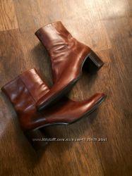 Ботинки итальянские кожаные на каблуке