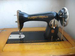 Швейная машинка с тумбой ПМЗ им. Калинина