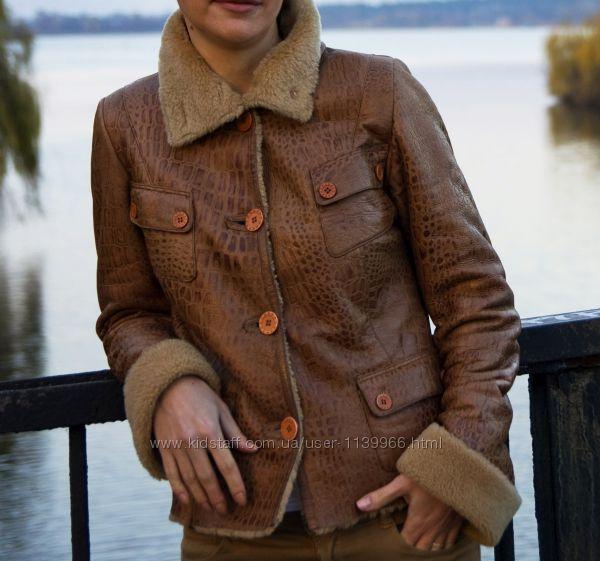 Две кожаных  куртки дубленки