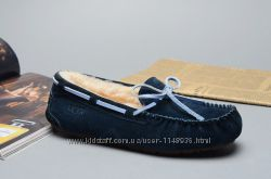 UGG Dakota Slipper Navy Blue