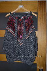 Блузка з відкритими плечами