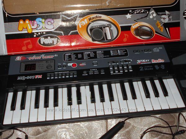 Синтезатор детский с микрофоном