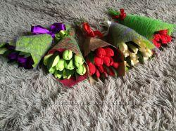 Букет с конфет, торт с Киндеров, топиарий с конфетами, цветы с конфетами