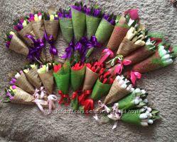 Тюльпаны, букеты с конфет, приятный и вкусный подарок к 8 Марта,